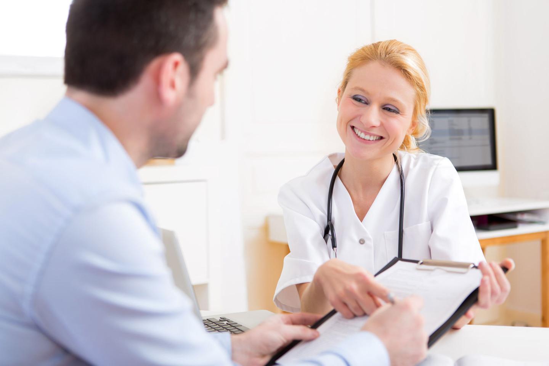 Gydymo įstaigose pacientams jų ligos istorijos nėra duodamos.<br>123rf nuotr.
