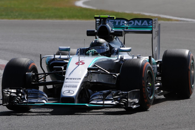 N.Rosbergui treniruotės penktadienį vyko sklandžiai.<br>AP nuotr.