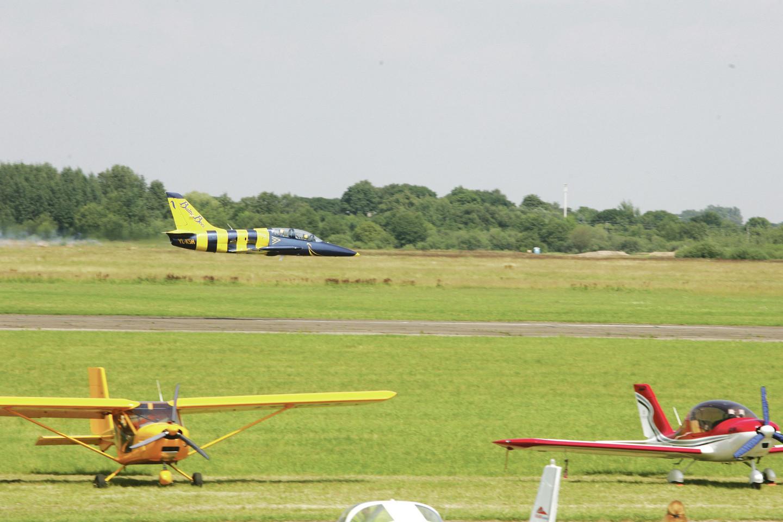 Šį savaitgalį S.Dariaus ir S.Girėno aerodrome rengiama didelė šventė, skirta jo įkūrimo 100 metų jubiliejui. Tai vienas seniausių veikiančių aerodromų Europoje.<br>P.Mantauto nuotr.