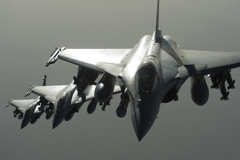 Prancūzijos naikintuvai virš Sirijos.<br>AFP/Scanpix nuotr.