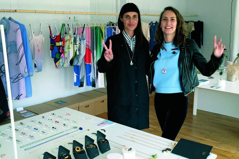 Ieva įsitikinusi, kad tarptautinę rinką siekiantys užkariauti jaunieji dizaineriai privalo vienytis ir bendradarbiauti.<br>Asmeninio archyvo nuotr.