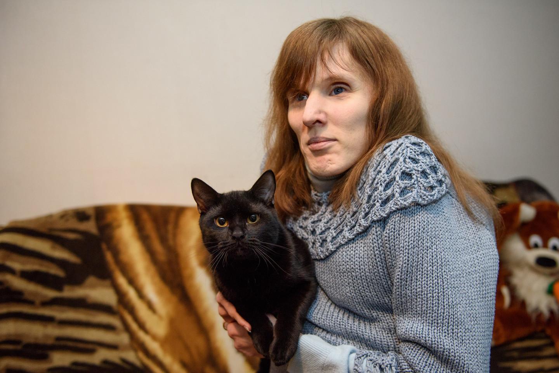 Mylimas poros augintinis – juodas katinas Adžiras.<br>D.Umbraso nuotr.