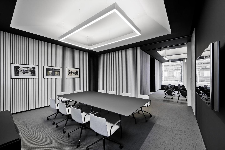 """Geriausio biuro interjero kategorijoje nugalėjo architektų studijos """"Plazma"""" projektas – kompanijos """"Apranga Group"""" erdvė.<br>L.Garbačausko nuotr."""