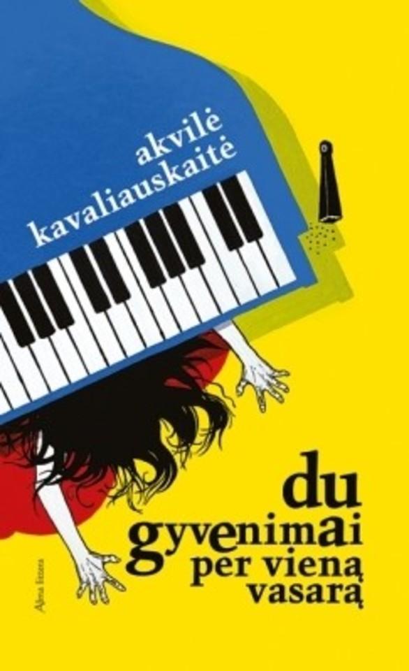 """Didžiausia romano """"Du gyvenimai per vieną vasarą"""" autorės A.Kavaliauskaitės stiprybė – sąmojis ir blaivus protas."""