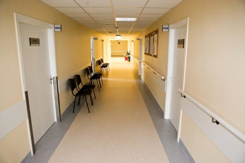 Pati ligoninė, iš pirmo žvilgsnio, pasirodė tvarkinga, renovuota ir kažkokių neigiamų emocijų nesukėlė.<br>G.Bitvinsko nuotr.