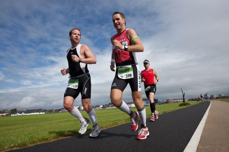 Idealu jei savo gimtadienio šventę suderinsite su vienu iš mieste vykstančių masinių maratonų.<br>123rf nuotr.