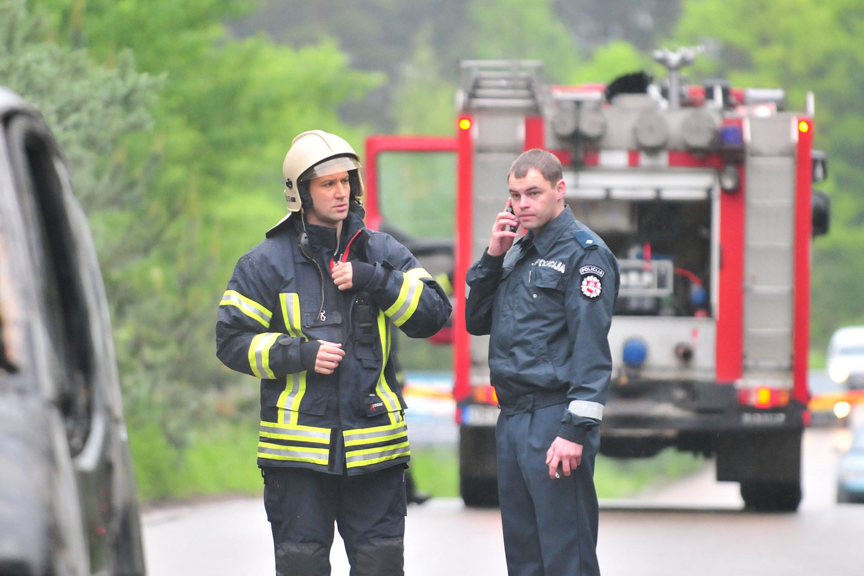Ugniagesiai gelbėtojai, policija, kariuomenė sulaukė rekordinio gyventojų pasitikėjimo.<br>A.Vaitkevičiaus nuotr.