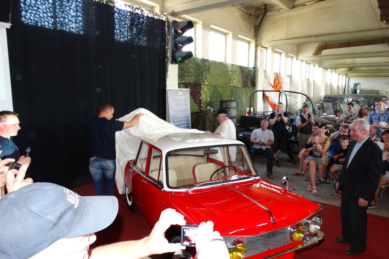 Istorinės technikos muziejuje vyko Retro mugė.<br>A.Karaliūno nuotr.