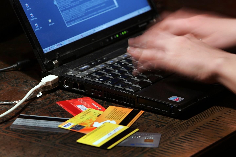 Lietuvoje elektroninė prekyba dar yra aktyvioje augimo stadijoje.<br>V.Balkūno nuotr.
