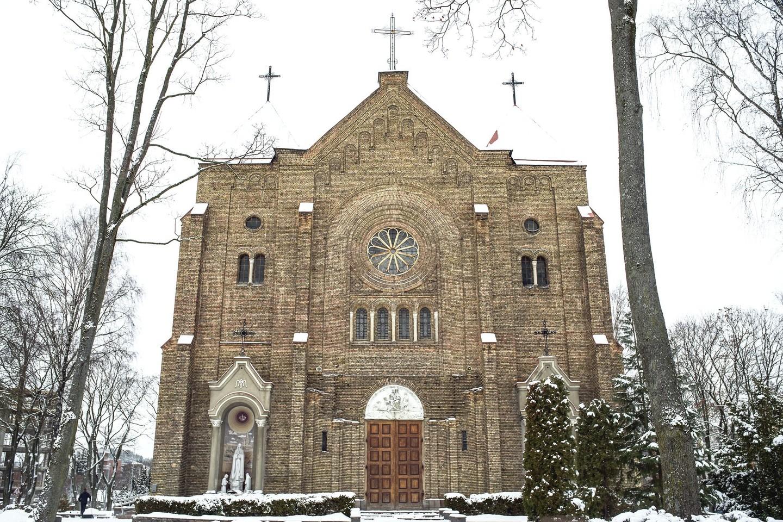 Žvėryno bažnyčiai ne tik trūksta bokštų – iki galo neįrengtas ir jos vidus.