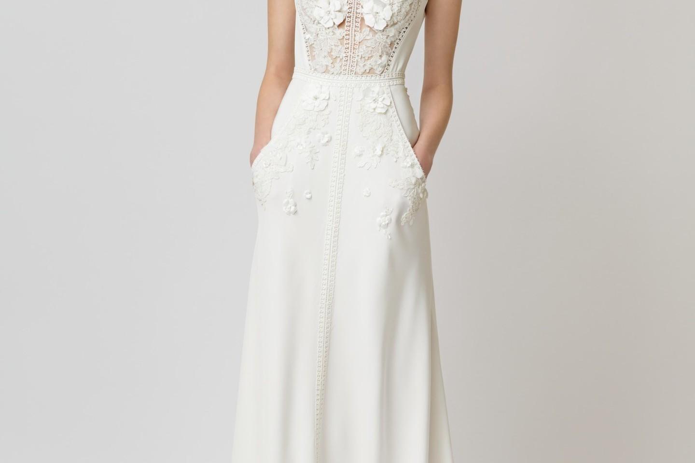 """Dizainerio Arvydo Videikos (mados namai """"Vamp"""") kurtos vestuvinės suknelės.<br>G.Žilinsko nuotr."""