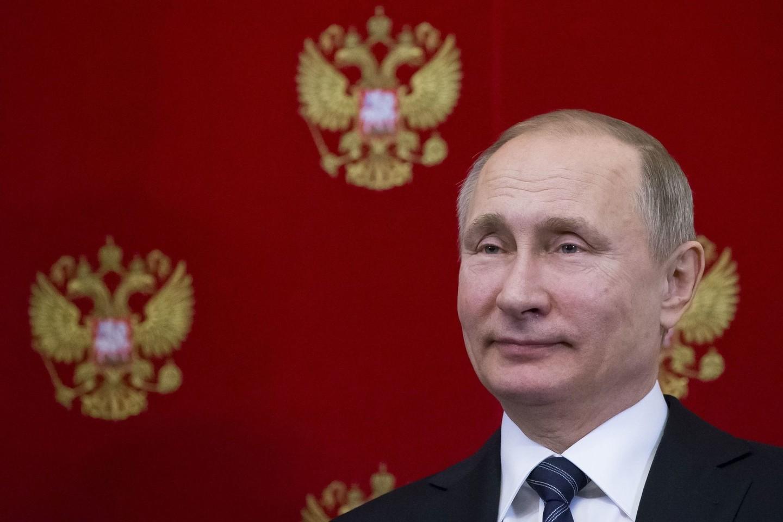 V.Putino įsakas tik popieriuje įtvirtino tikrą padėtį.<br>AP nuotr.