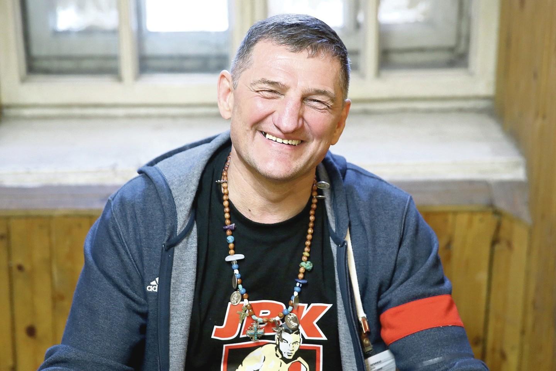 Anksčiau baimę visoje Lietuvoje kėlęs H.Daktaras dabar Lukiškių kalėjime kovoja dėl klijų, razinų ar rašiklių.<br>R.Danisevičiaus nuotr.