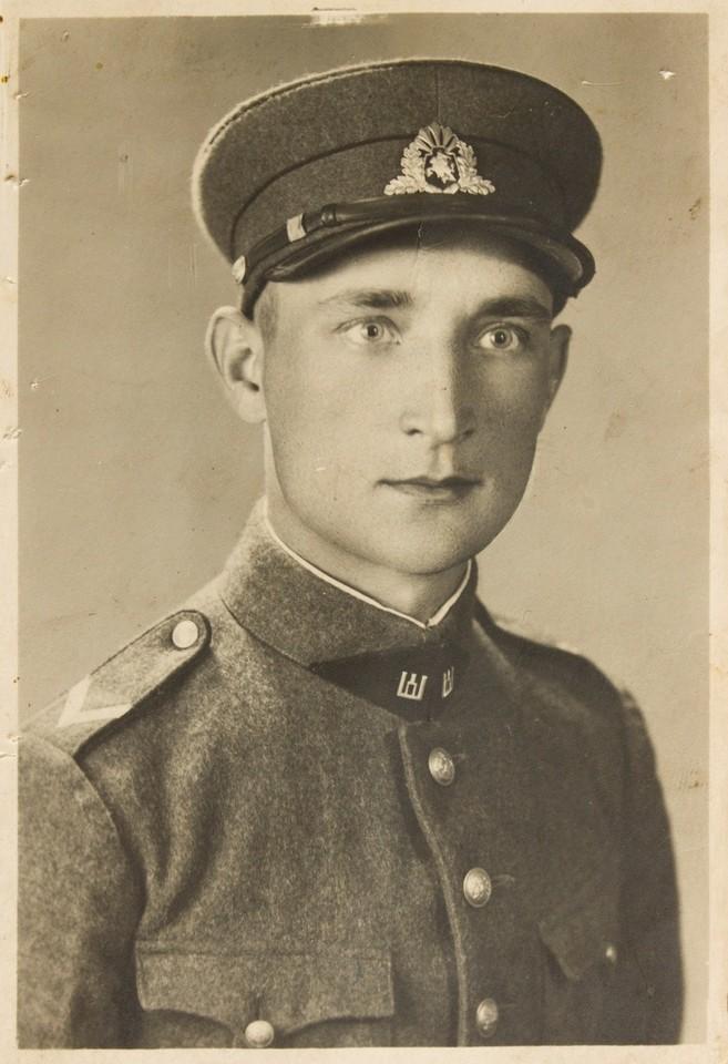J.Laucė 1939 m. Lietuvos kariuomenėje.<br>Lietuvos ypatingojo archyvo nuotr.