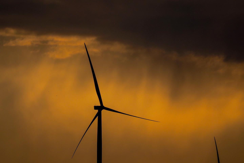 Šiemet daugiau nei du trečdalius atsinaujinančios energijos sugeneravo vėjo jėgainių parkai.<br>V.Ščiavinsko nuotr.