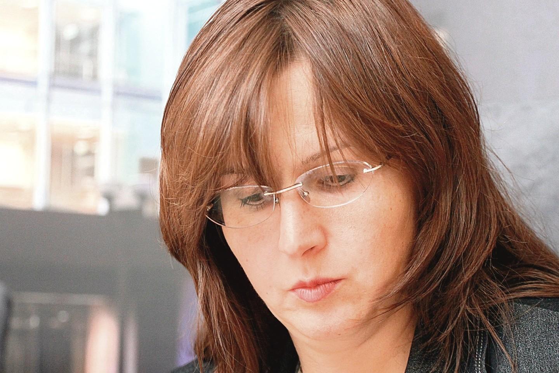 Specialiųjų tyrimų tarnyboje dirbusi dabartinė sveikatos apsaugos ministro patarėja N.Černiauskienė visaip įkalbinėjo I.Dorošą atsistatydinti.<br>Eltos nuotr.