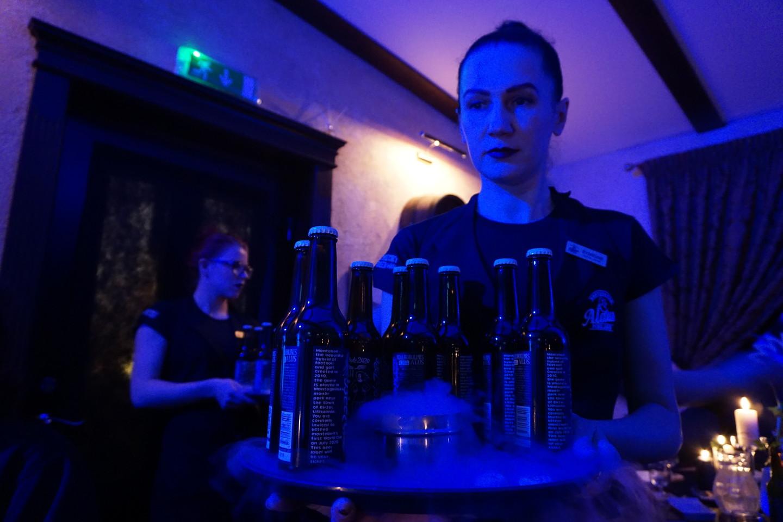Kiekvienai mikroistorijai buvo dedikuota vis kita alaus rūšis.<br>G.Balčiūtės nuotr.