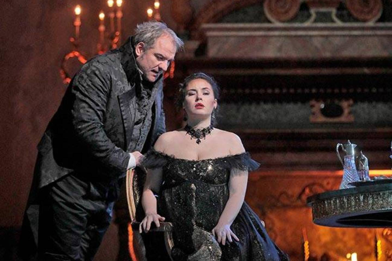 """S.Yoncheva - Toska, Z.Lučičius - Skarpija.<br>""""Metropolitan Opera""""nuotr."""