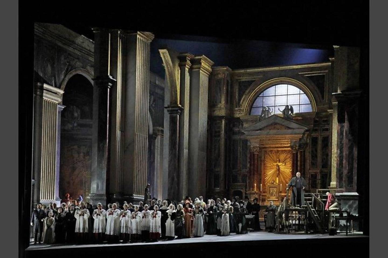 """Toskos"" scenografas - J.Macfarlane'as.<br>""Metropolitan Opera""nuotr."