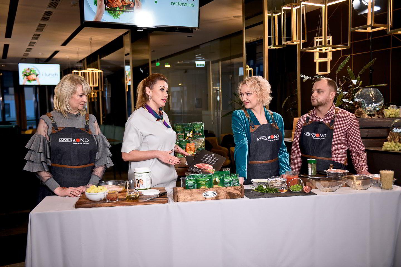 """Maisto tinklaraščių """"Skanus gyvenimas"""" ir """"Maisto klubas"""" kūrėja, kulinarinės TV3 laidos """"Virtuvės istorijos"""" vedėja, šefė Ilona Juciūtė - Čibirkienė neseniai pristatė savo pirmąją receptų knygą.<br>TV3 nuotr."""