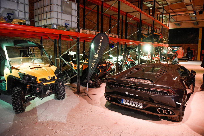 Vilniuje atidaroma įspūdinga automobilių ir kitos technikos saugykla.<br>D. Umbraso nuotr.