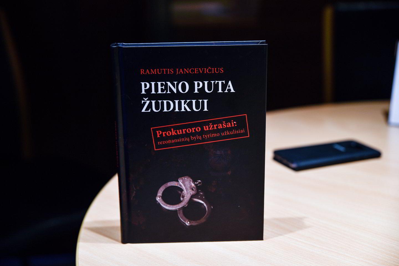 """Ramutis Jancevičius parašė knygą """"Pieno puta žudikui"""".<br>V.Ščiavinsko nuotr."""
