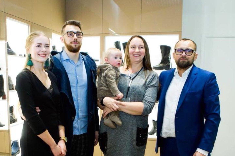 Žanas Maslauskas su šeima.<br>Asmeninio albumo nuotr.