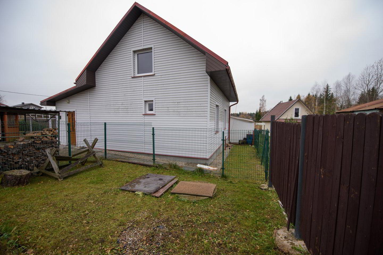 Progresiniai nekilnojamojo turto mokesčiai taikomi ir garažams, ir sodo nameliams, ir sodyboms.<br>D.Umbraso nuotr.