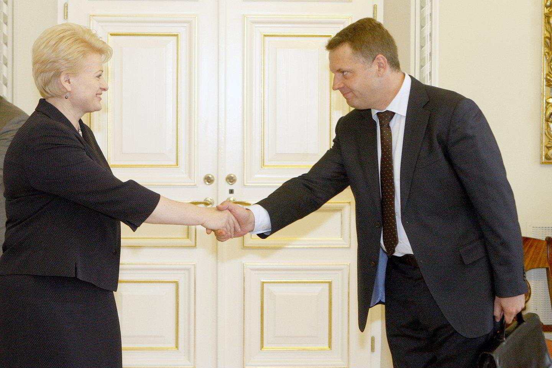 Prezidentės Dalios Grybauskaitės susirašinėjimo detektyvas ir toliau nerimsta – kur galėjo dingti laiškai iš serverių?<br>R.Jurgaičio nuotr.