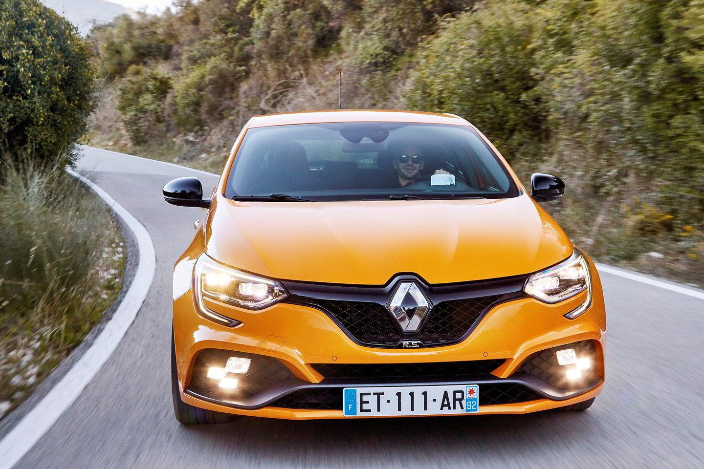 """""""Renault Megane R.S."""" bando suderinti du skirtingus dalykus – išlikti vairavimo entuziastų mėgstamu modeliu, bet tuo pat metu tapti praktiškesniu.<br>Gamintojo nuotr."""