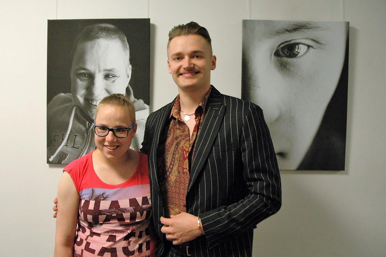 Simona su fotografu Deividu Bendžiumi.<br>L. Jakubauskienės nuotr.