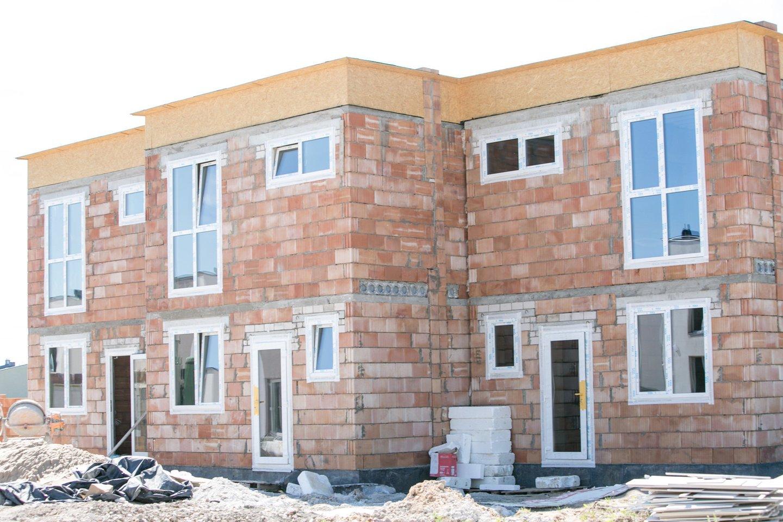 Gyvenamosios paskirties kvartaluose įsitvirtina nauja daugiabučių namų koncepcija, kai į kiekvieną butą patenkama tiesiai iš lauko, yra nuosavas kiemelis.<br>G.Bitvinsko asociatyvi nuotr.
