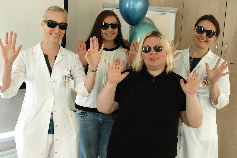 Aniridijos dienos proga susitiko (iš kairės): gydytoja oftalmologė docentė dr. Rasa Liutkevičienė, kaunietė Irma Bylė, šiaulietė Vida Jočienė ir genetikė doc. Virginija Ašmonienė.<br>L. Jakubauskienės nuotr.