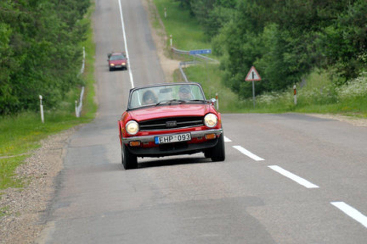Aukštaitijoje vyks Lietuvos 100-mečiui skirtas istorinių automobilių ir motociklų ralis.<br>Organizatorių nuotr.