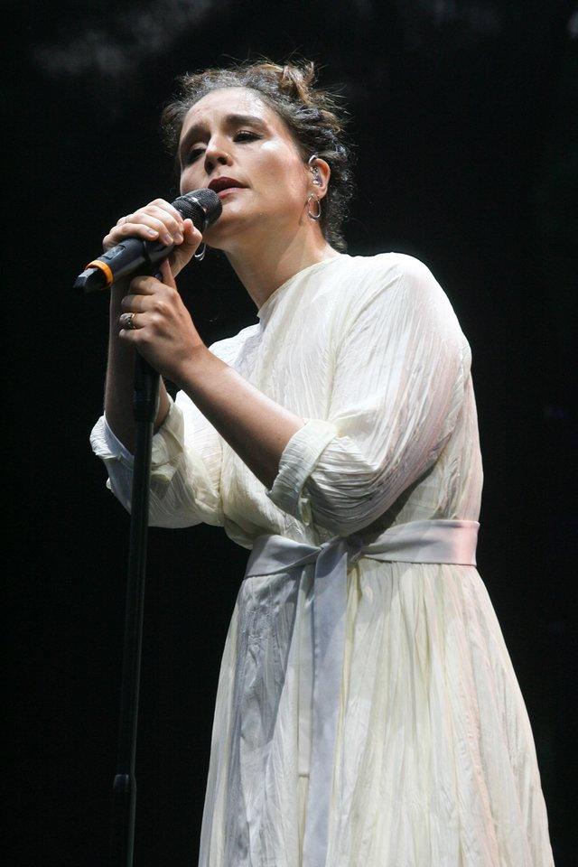 Lietuvių pamėgta britų popžvaigždė Jessie Ware dainavo Vilniuje.<br>R.Danisevičiaus nuotr.