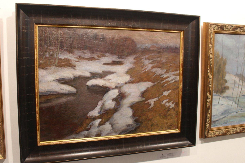"""Tačiau aukcione pasiūlius vieno iš garsiausių lietuvių dailininkų Petro Kalpoko 1905 metais Miunchene nutapytos drobės """"Peizažas su upeliu"""", užvirė arši kova.<br>A.Ziabkaus nuotr."""