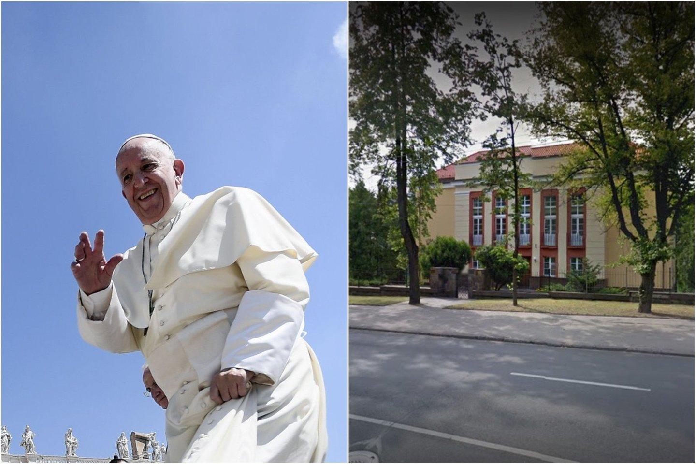 Kaip lrytas.lt sakė Vilniaus arkivyskupijos komunikacijos specialistė Santa Kančytė, popiežius Pranciškus, apsilankymo Lietuvoje metu, bus įkurdintas Apaštališkojoje nunciatūroje.