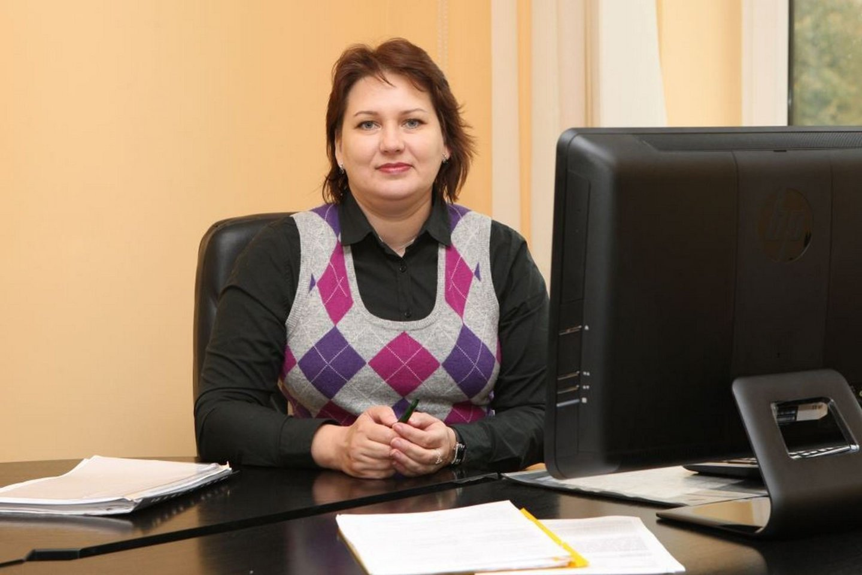 """Panevėžio valstybinės maisto ir veterinarijos tarnybos viršininko pavaduotoja Jūratė Vaitiekūnienė naujienų portalui JP patvirtino, kad kavinės """"Gandralizdis"""" veikla sustabdyta.<br>JP nuotr."""