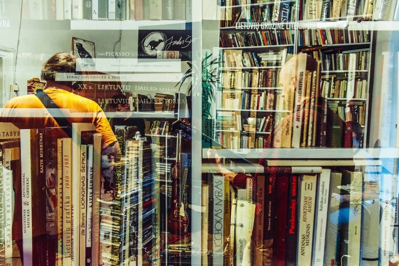 Knygyne iš viso yra per 6 tūkst. skirtingais pavadinimais turimų leidinių.<br>T.Tereko nuotr.