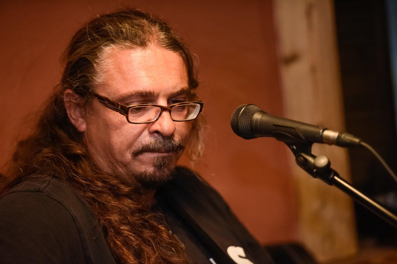 A.Makejevas surengė nuotaikingą albumo pristatymą.<br>D.Umbraso nuotr.