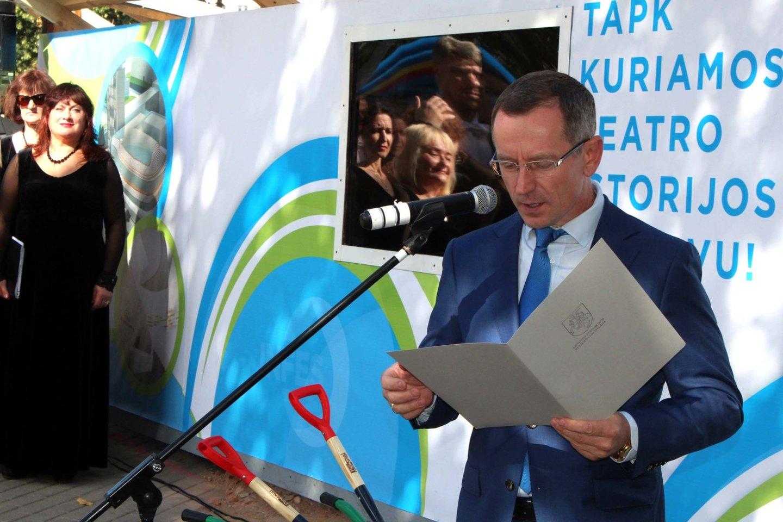 Perskaitytas kultūros ministrės L.Ruokytės-Jonsson laiškas.<br>G.Pilaičio nuotr.
