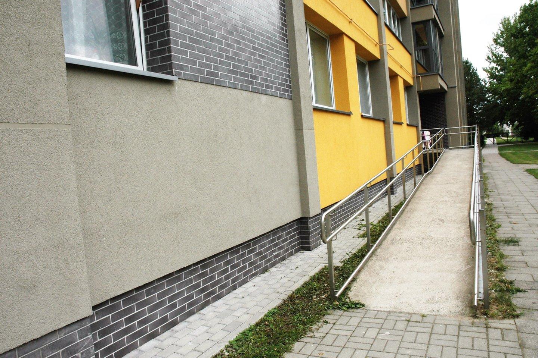 Šia nuovaža galima patekti į Janinos ir Edvino butą.<br>L. Jakubauskienės nuotr.