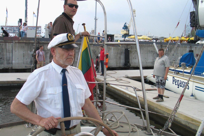"""Regata pavadinta prieš kelerius metus mirusio ilgamečio jachtos """"Lietuva"""" kapitono Stepono Kudzevičiaus vardu.<br>G.Pilaičio nuotr."""