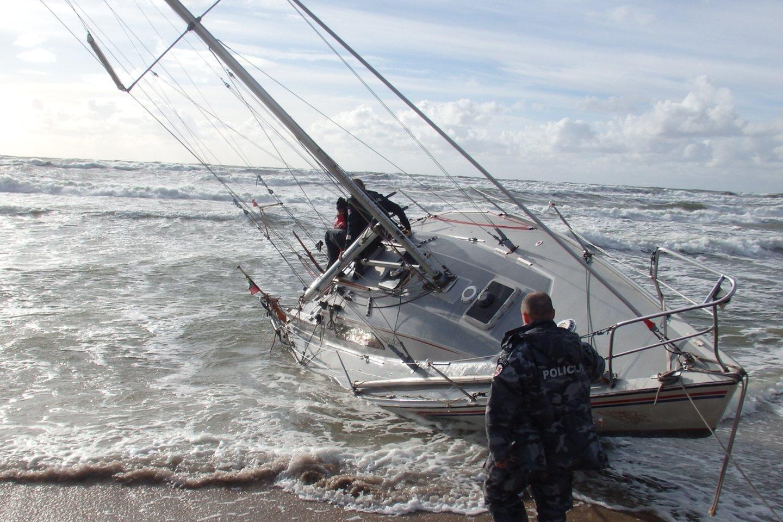 Pradėtas ikiteisminis tyrimas dėl tragiškų įvykių jūroje.<br>G.Pilaičio nuotr.