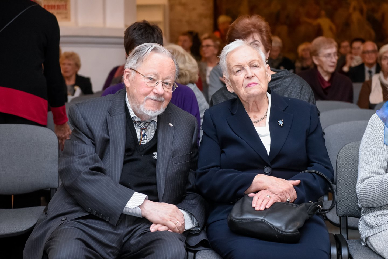 G.Kaukaitės kūrybos sukakčiai skirtas renginys atkeliavo ir į sostinę. Renginio svečiai: V. ir G.Landsbergiai.<br>D.Umbraso nuotr.