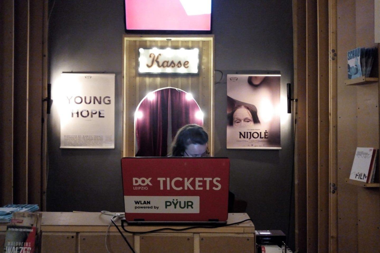 """Filmo """"Nijolė"""" plakatas Leipcigo kino teatre."""