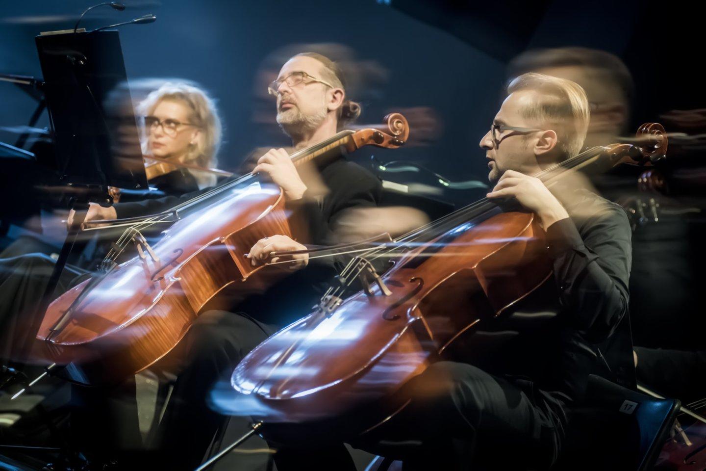 Ph.Niblocko, M.Lindbergo ir J.Wolfe kūrinių koncertas. Griežia Klaipėdos kamerinis orkestras.<br>D.Matvejevo nuotr.