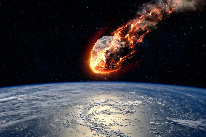 Kad kažkur Žemės orbitoje egzistuoja pakankamai didelis asteroidas galintis sunaikinti žmoniją - tikimybė maža, bet tai vis tiek įmanoma.<br>123RF nuotr.