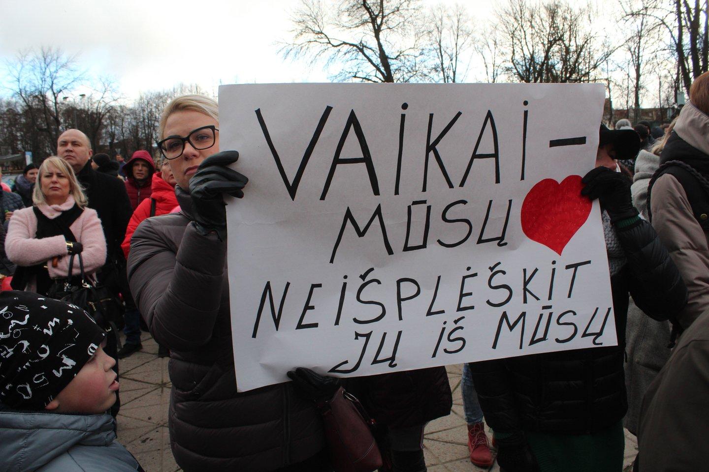Protesto mitingas Klaipėdoje.<br>G.Pilaičio nuotr.
