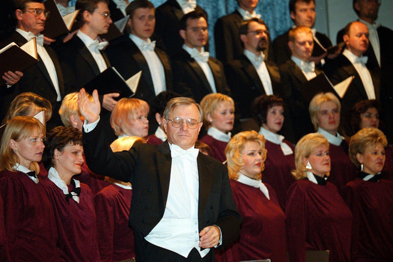 P.Bingelis Kauno valstybiniam chorui vadovauja jau 50 metų.<br>A.Barzdžiaus nuotr.